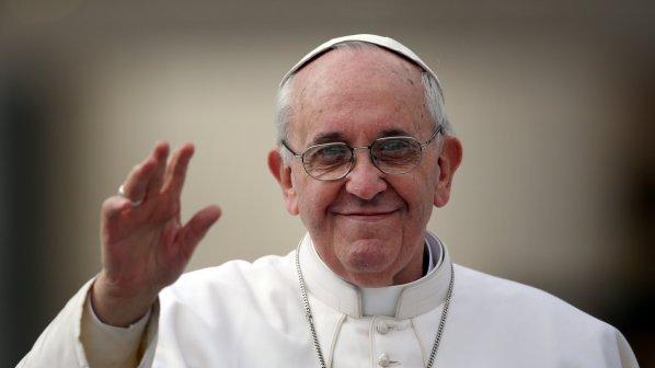 Влада: Диванна сотня: Ніхто не знає, хто розпочав ту війну: Папа Франциск здивував заявою після зустрічі з главою РПЦ Кирилом