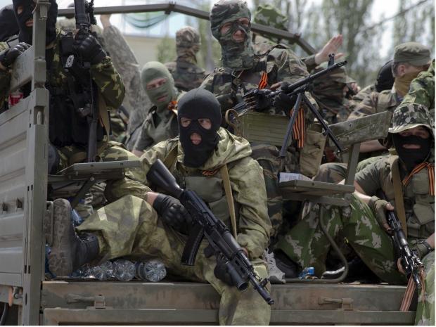 Влада: Диванна сотня: Росія готує на Донбасі наступ за підтримки авіації, - волонтер