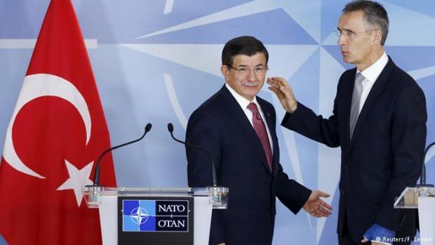 Влада: Диванна сотня: НАТО дав зрозуміти Туреччині, що та не зможе розраховувати на підтримку у конфлікт з Росією