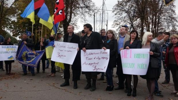 Запланированное на сегодня разведение войск в районе Станицы Луганской не состоится, – Гарбуз - Цензор.НЕТ 1052
