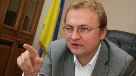 Садовий заявив, що ніхто не може доказати, що саме львівське сміття мандрує країною