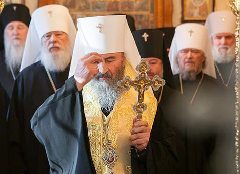 УПЦ МП готує молебень під Радою. Ілюстрація:Comments.UA