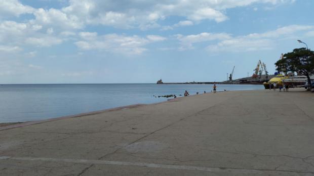 Туристи не збираються відпочивати у Криму. Фото: соцмережі.