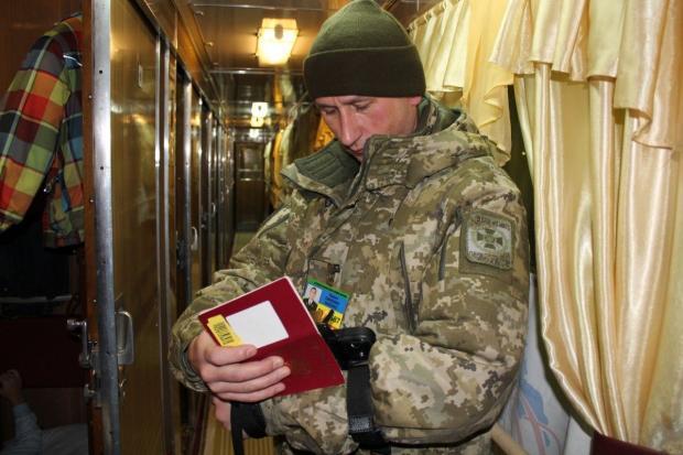 На українських пунктах пропуску для росіян запрацював біометричний контроль. Фото:УНІАН