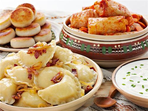Українська кухня здатна здивувати іноземців не тільки борщем. Фото: соцмережі.