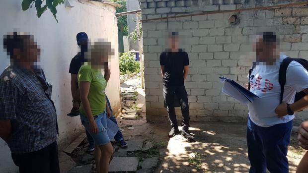 Затримані зловмисники. Фото:прес-служба СБУ