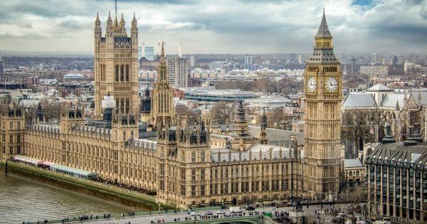 Парламент Великобританії. Фото: Факти.