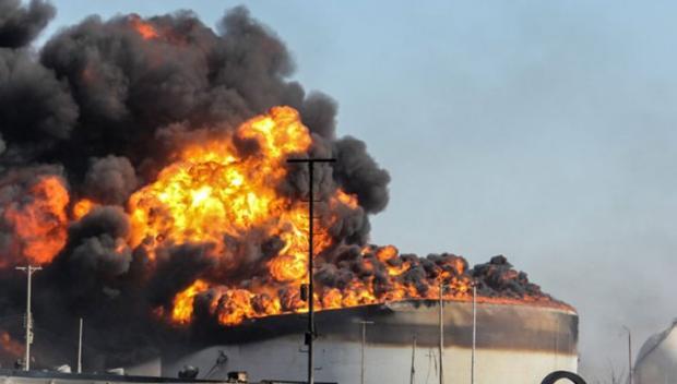 Пожежа на російському заводі у Боснії. Фото: Рейтерс.
