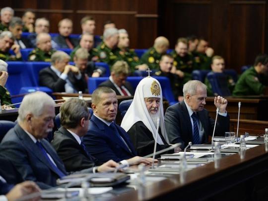 """Кирило показав, як у РФ """"церква незалежна від держави"""". Фото: соцмережі."""