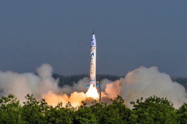 Запуск ракеты частной китайской компании