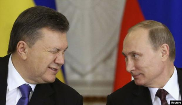 Президенти України і Росії, Віктор Янукович (ліворуч) та Володимир Путін. Москва, Кремль, 17 грудня 2013 року