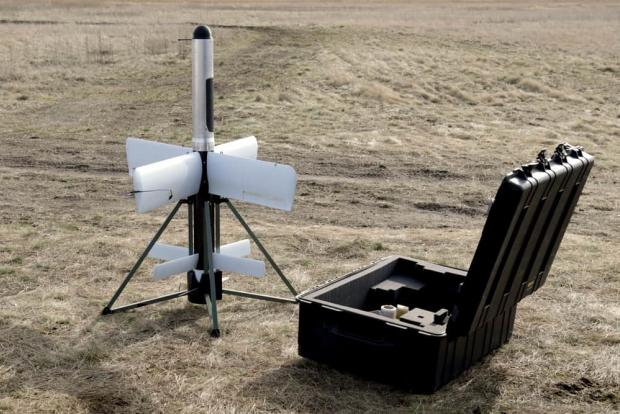Баражуючий боєприпас «Грім» ST-35 перед запуском