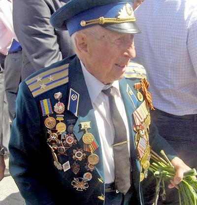 """""""Я делал правое дело, — сказал полковник Борис Стекляр в интервью одному российскому изданию. — Те, кто остался в живых из бандеровцев, — наша беда""""."""