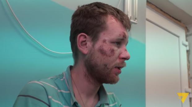 """""""Раб"""" депутата був зачинений в гаражі. Фото: скріншот з відео."""