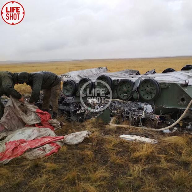 Військова техніка впала під час навчань. Фото: скріншот з відео.