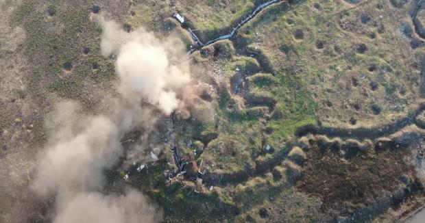Кадр з відео обстрілу позицій бойовиків.