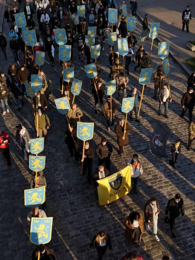 """Марш на честь дивізії """"Галичина"""" в Києві 28 квітня"""
