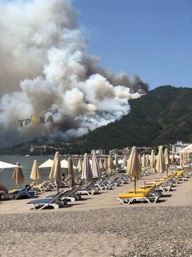 Пожежа на курорті в Туреччині